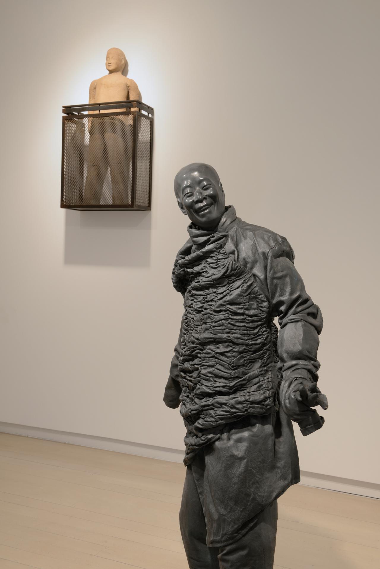 Installation view Galería Elvira González, Madrid, 2016. Courtesy Galería Elvira González. Photo Cuauhtli Gutiérrez
